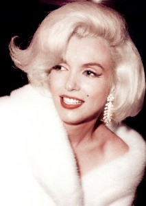 Marilyn leaving the gala for an after-show party