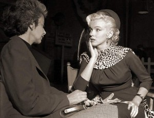 Marilyn and Natasha during filming of 'Gentlemen Prefer Blondes'