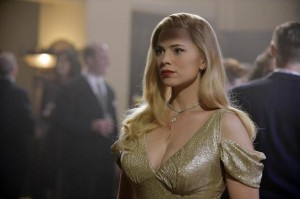 Agent Carter goes undercover - as a blonde
