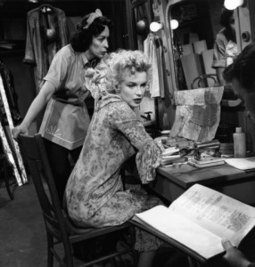 Marilyn with Eileen Heckart in 'Bus Stop'