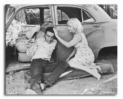 ss2304211_-_photograph_of_montgomery_clift_as_perce_howland_marilyn_monroe_as_roslyn_taber_from_the_misfits_available_in_4_sizes_framed_or_unframed_buy_now_at_starstills__23930__32450.1394487929.1280.128