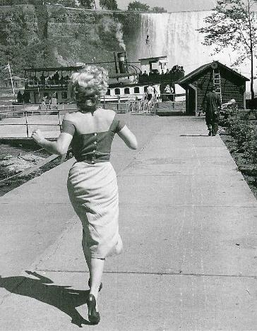 Marilyn by Jock Carroll, 1952