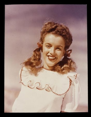 Norma Jeane as a young model, photographed by Andre de Dienes
