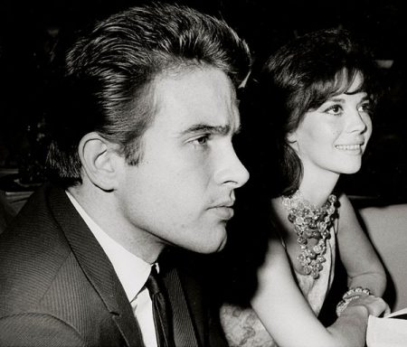 Warren Beatty with girlfriend Natalie Wood, circa 1962